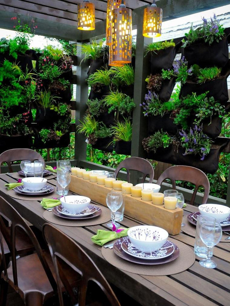 recinzione giardino molto originale soluzione verticale
