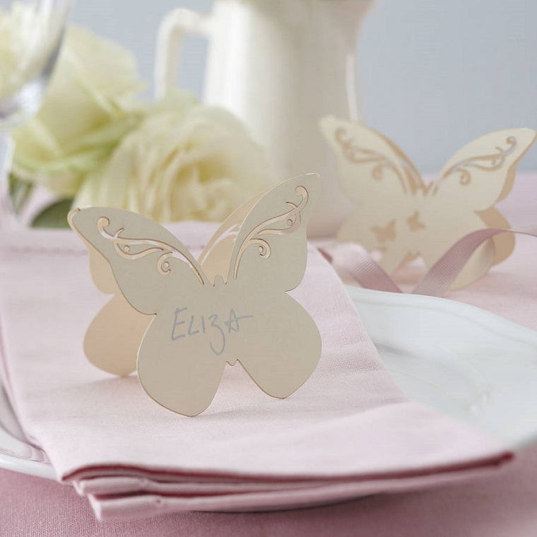segnaposti forma farfalla color avorio