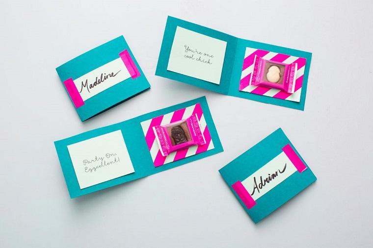 segnaposto cartoncini colorati dolcetto interno