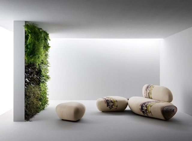 soggiorno moderno mobili pietra giardino verticale