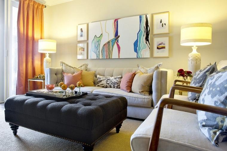 Arredare il soggiorno idee per uno spazio piccolo ma accogliente for Soggiorno arredato