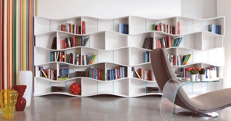 soluzioni salvaspazio particolari funzionali libri