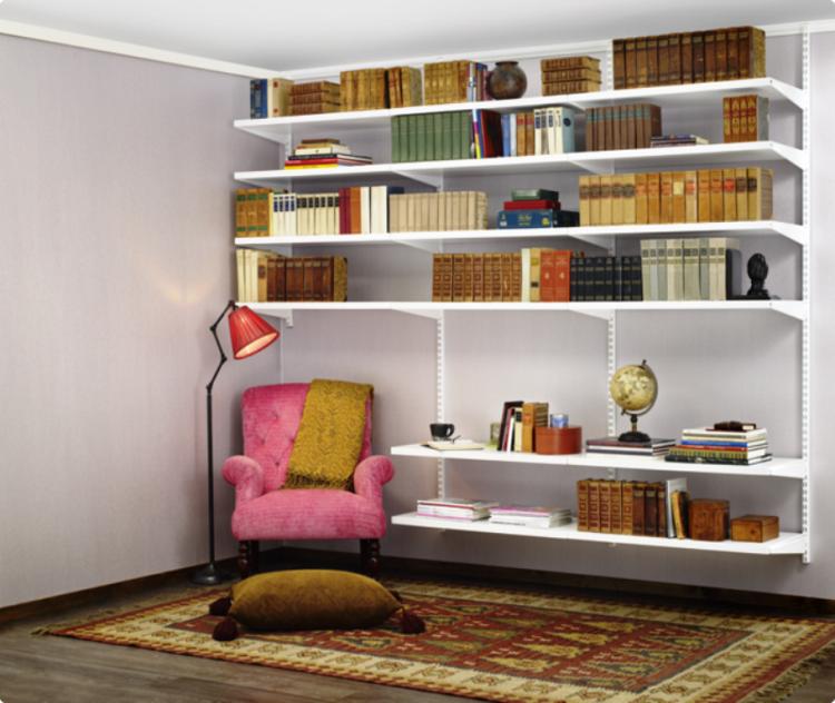 soluzioni salvaspazio particolari originali stanza piccola
