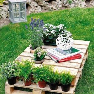 Tavoli da giardino - suggerimenti originali in pallet riciclati