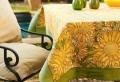 Tovaglie per esterno, idee per una tavola piena di colore e di stile