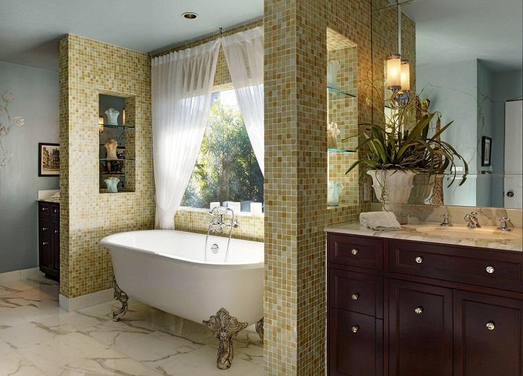arredamento classico contemporaneo bagno vasca lussuosa