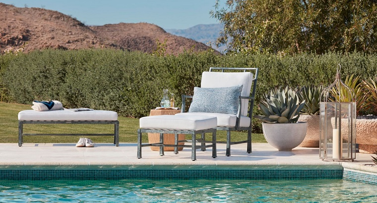 arredamento esterno zona piscina chaise longue