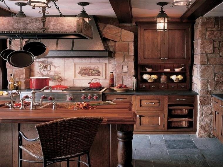 arredamento rustico cucina parete mattoni vista
