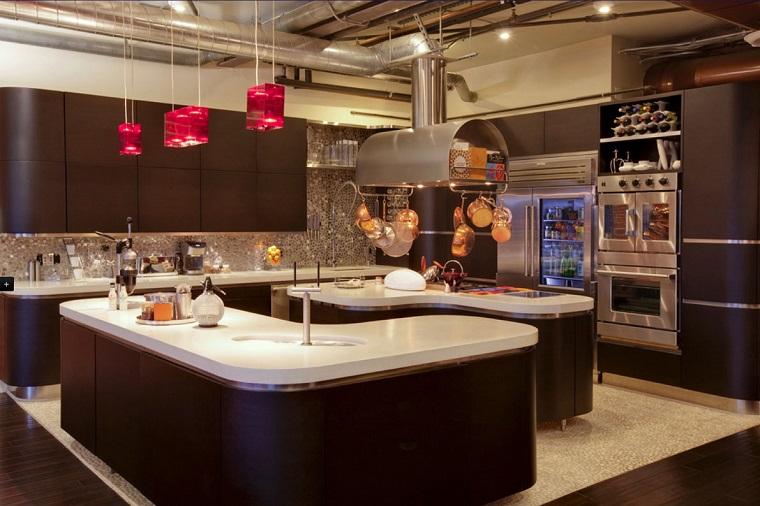Cucine rustiche moderne una fusione di stili per un for Arredamento rustico moderno