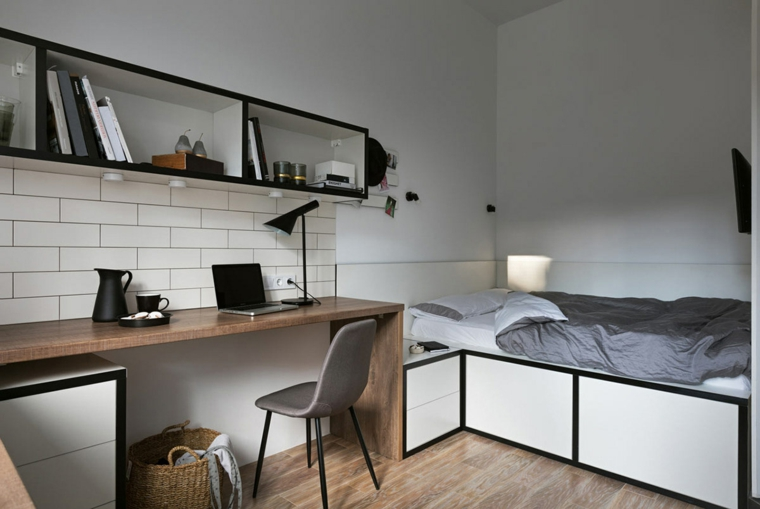 arredare piccoli spazi monolocale struttura letto in legno paraschizzi con piastrelle bianche