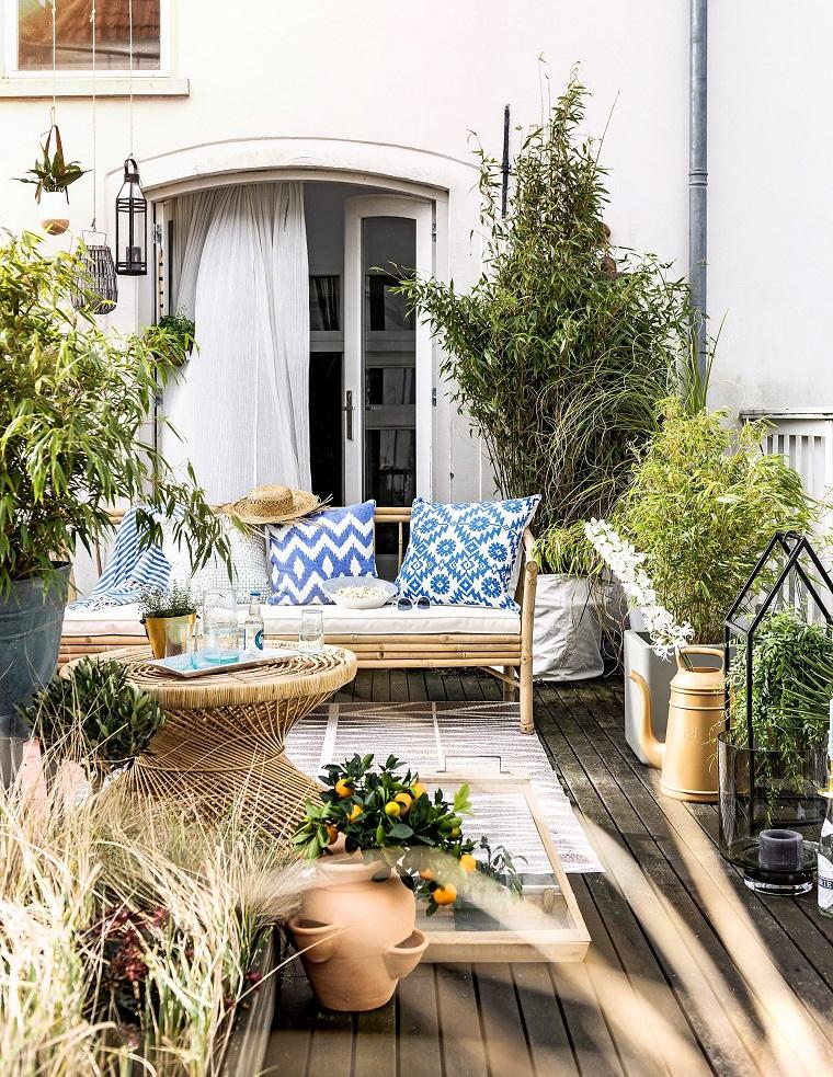 Arredare un terrazzo di design e creare un angolo davvero for Arredare un terrazzo