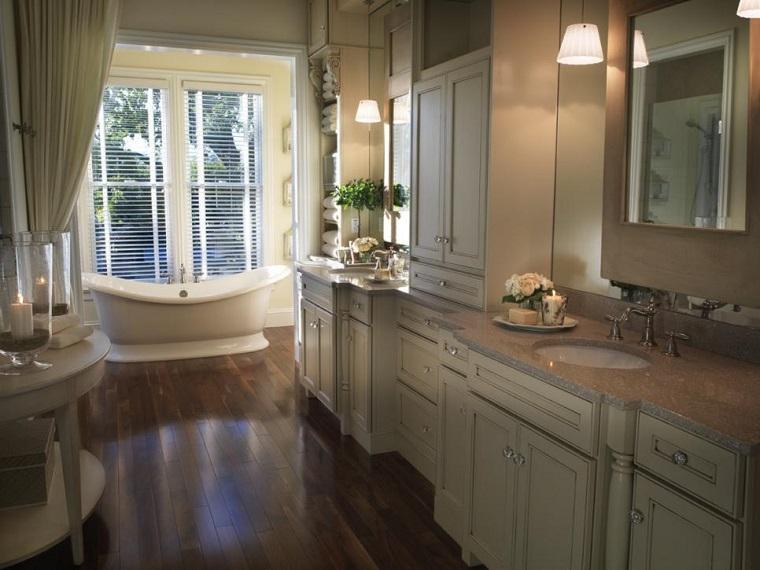 Rivestimento bagno tante idee moderne per rinnovarne il look - Bagno pavimento legno ...