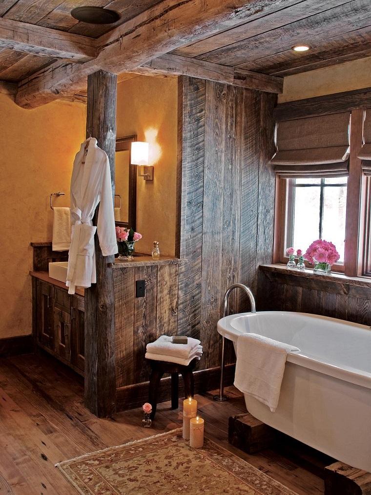 arredo bagno stile rustico rivestimento legno
