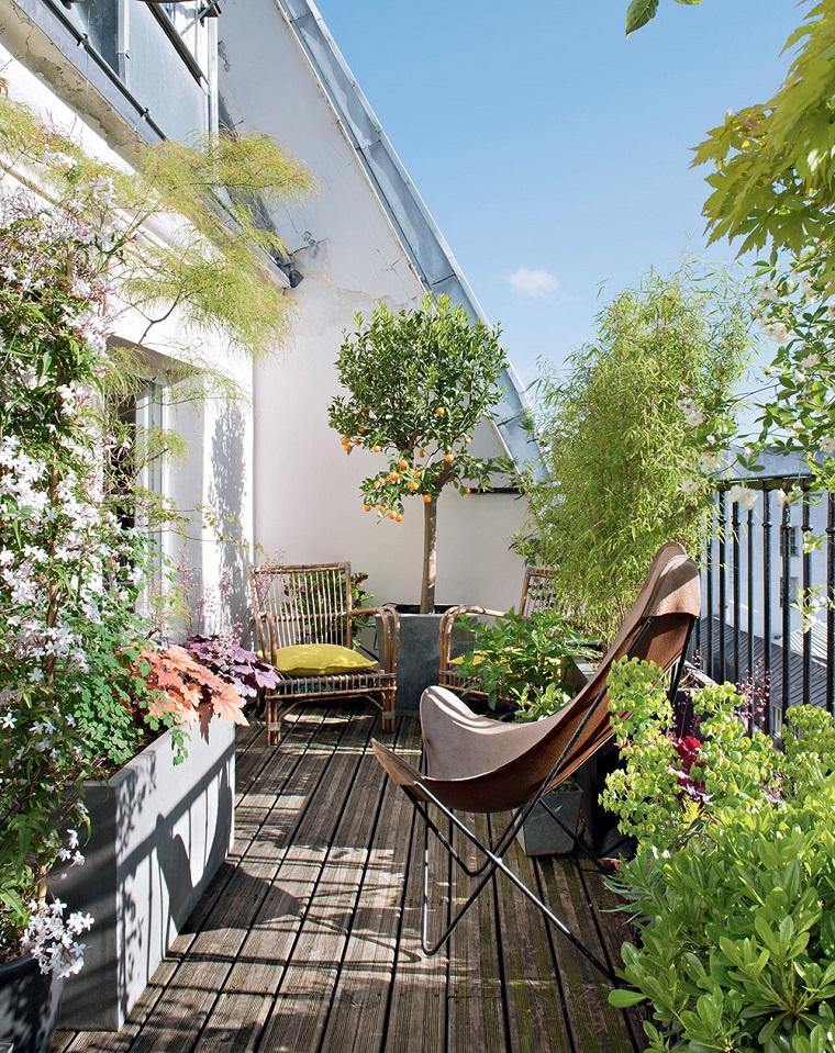 arredo balcone sedie vimini design