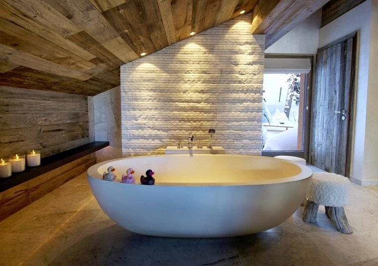 bagno design ambiente stile rustico vasca moderna