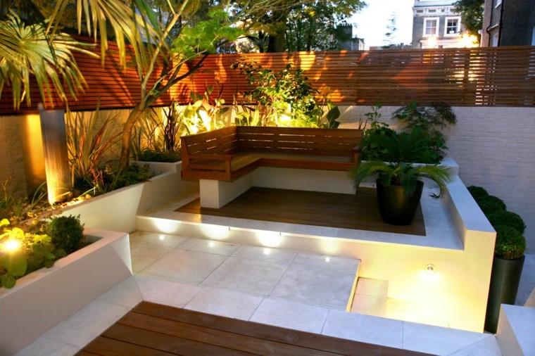 come abbellire un giardino illuminazione originale