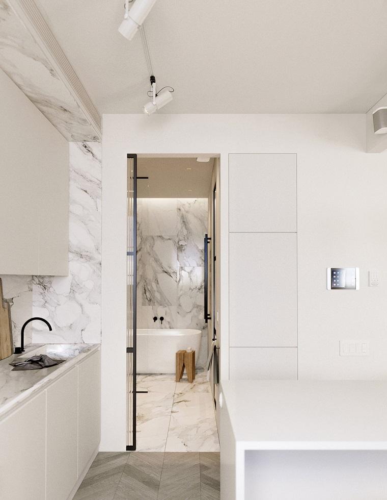 come arredare case piccole cucina con paraschizzi di marmo sala da bagno con vasca