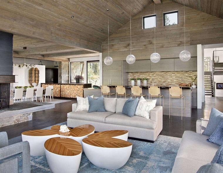Come arredare sala e salotto insieme, salotto con divano e tavolini componibili