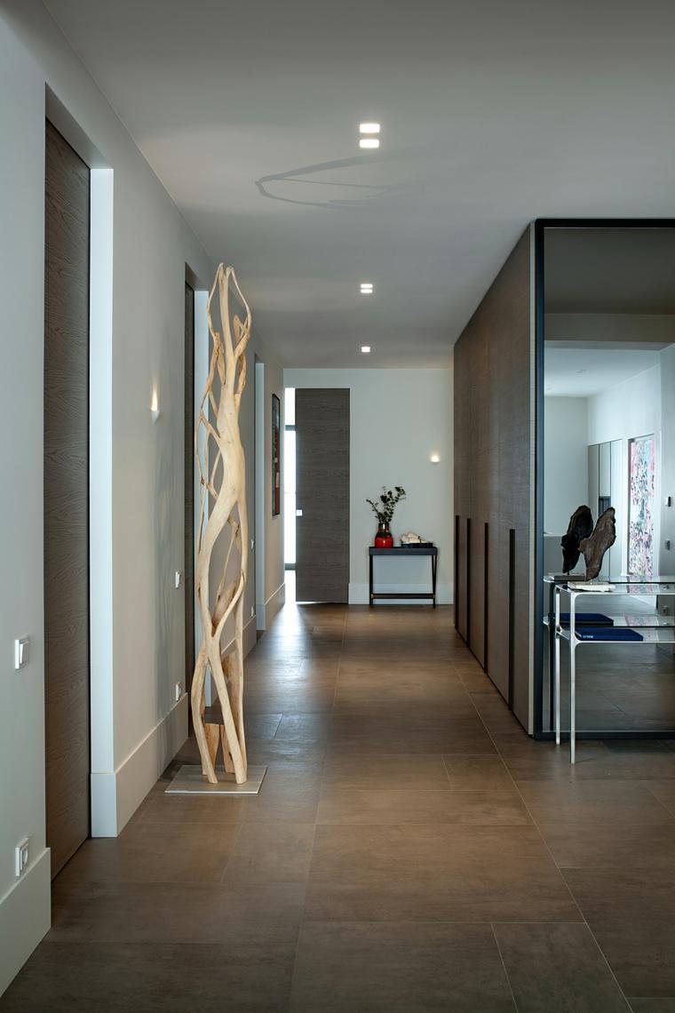 come arredare un corridoio pavimento in legno illuminazione ingresso con faretti