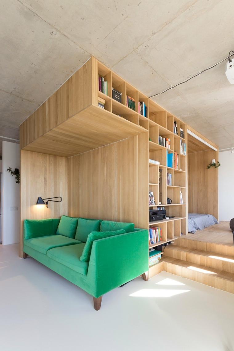 come arredare un monolocale di 50 mq soppalco di legno libreria di legno con scaffali aperti
