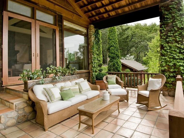 come arredare una veranda stile classico