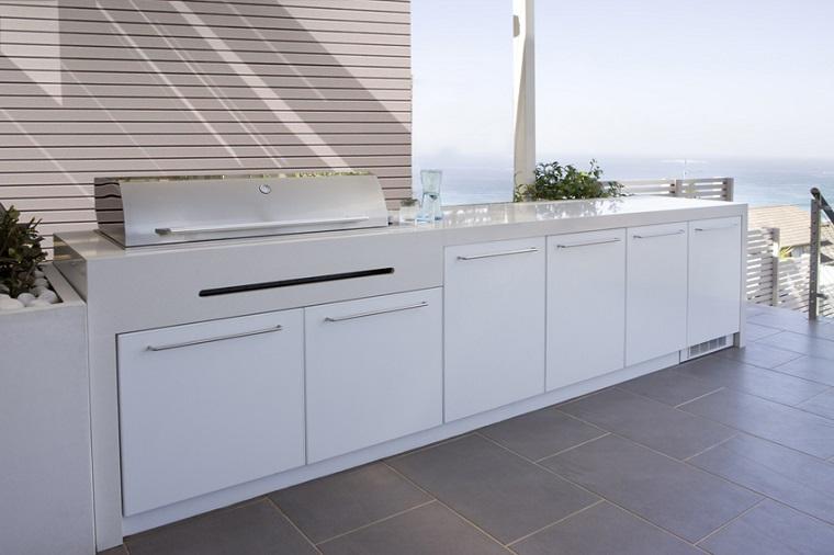 cucina design moderno colore bianco