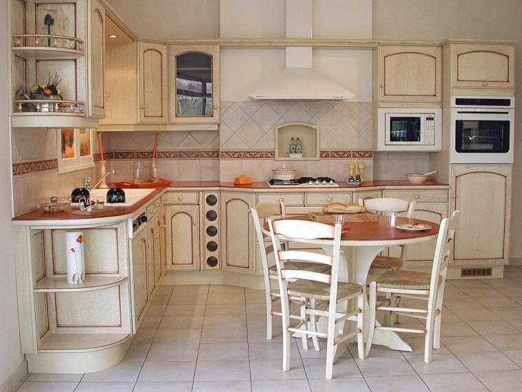 Cucina provenzale una fotogallery ricca di suggerimenti e idee - Modele de cuisine provencale ...