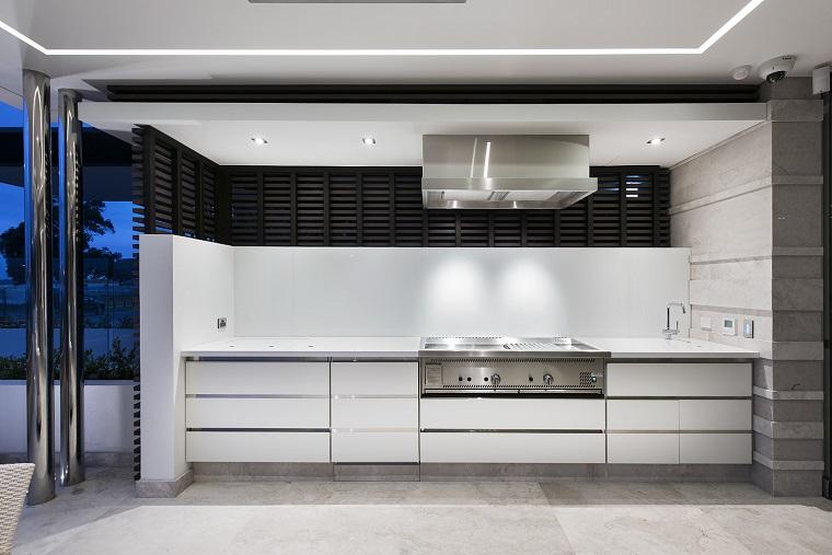 Cucine da esterno soluzioni tecnologiche e dal design for Arredo cucina design