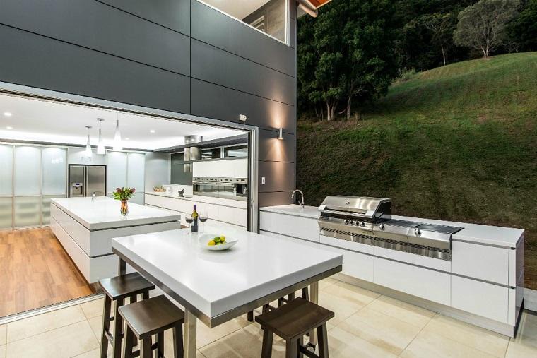 cucine da esterno zona pranzo aria aperta