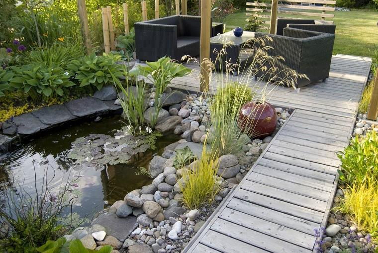 decorazioni giardino fai da te laghetto artificiale