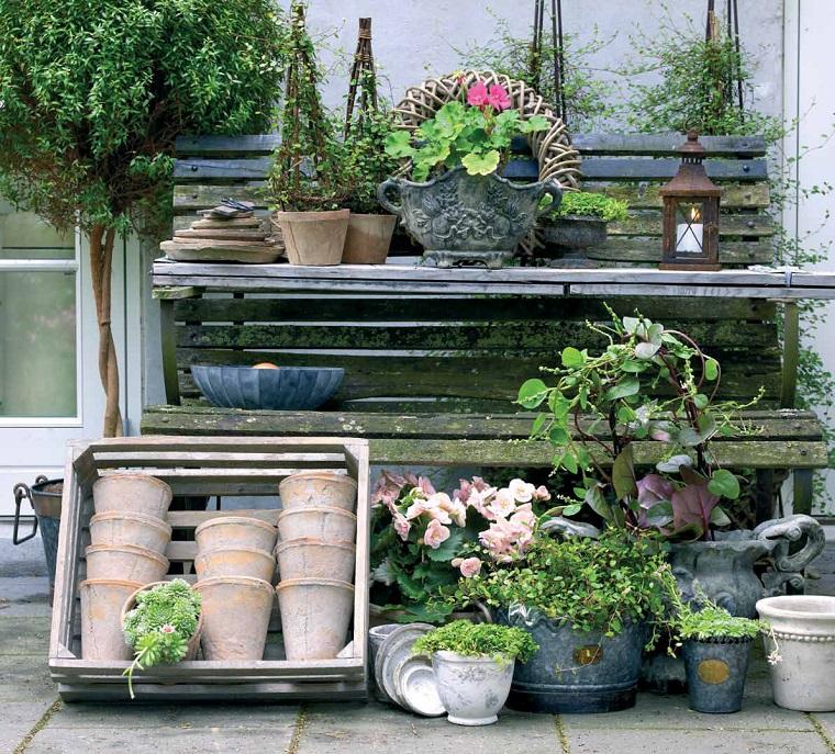 Giardino shabby chic 24 spunti imperdibili per un esterno for Idee giardino shabby