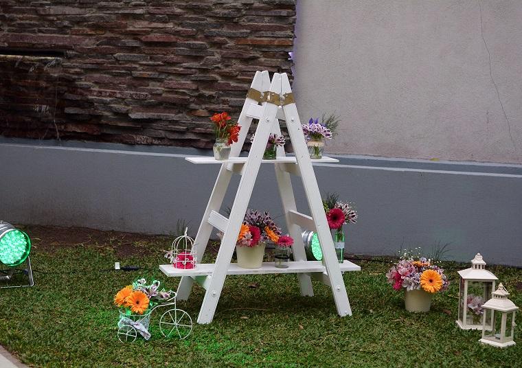 decorazioni shabby chic giardino scala fiori