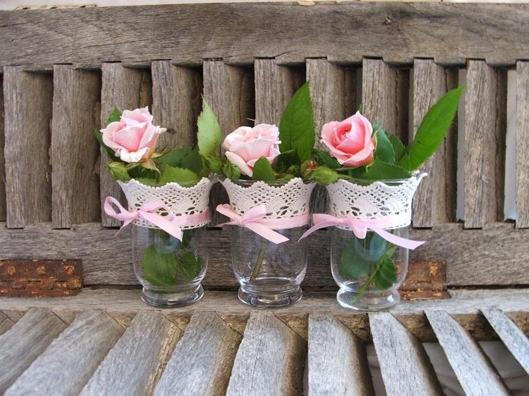 decorazioni shabby chic giardino vasetti rose