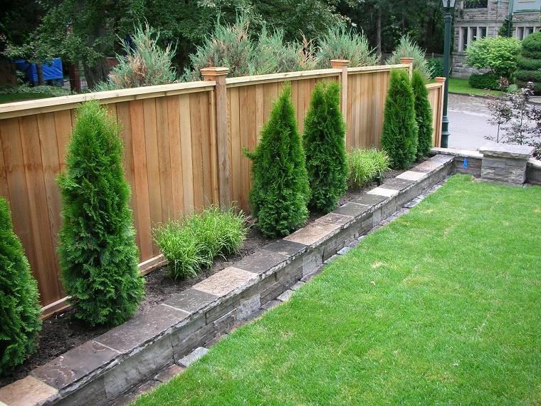 Separ da giardino alcune idee belle e funzionali per for Recinzioni giardino leroy merlin
