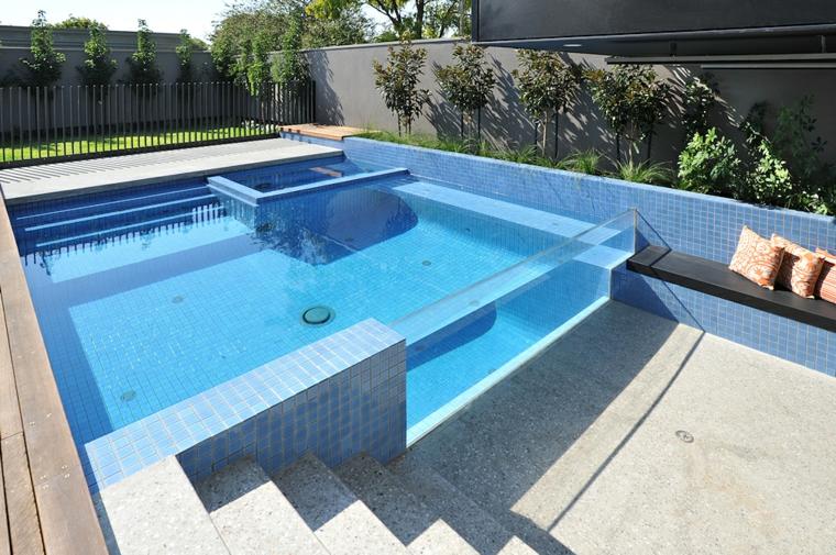 Giardini con piscina 24 idee molto chic e all - Giardini con piscina foto ...