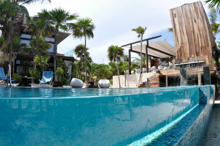 giardino con piscina proposta originale area verde