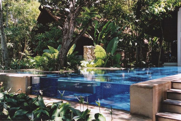 giardino con piscina suggerimento mozzafiato outdoor