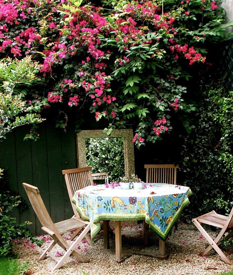 giardino shabby chic idea tavolo sedie