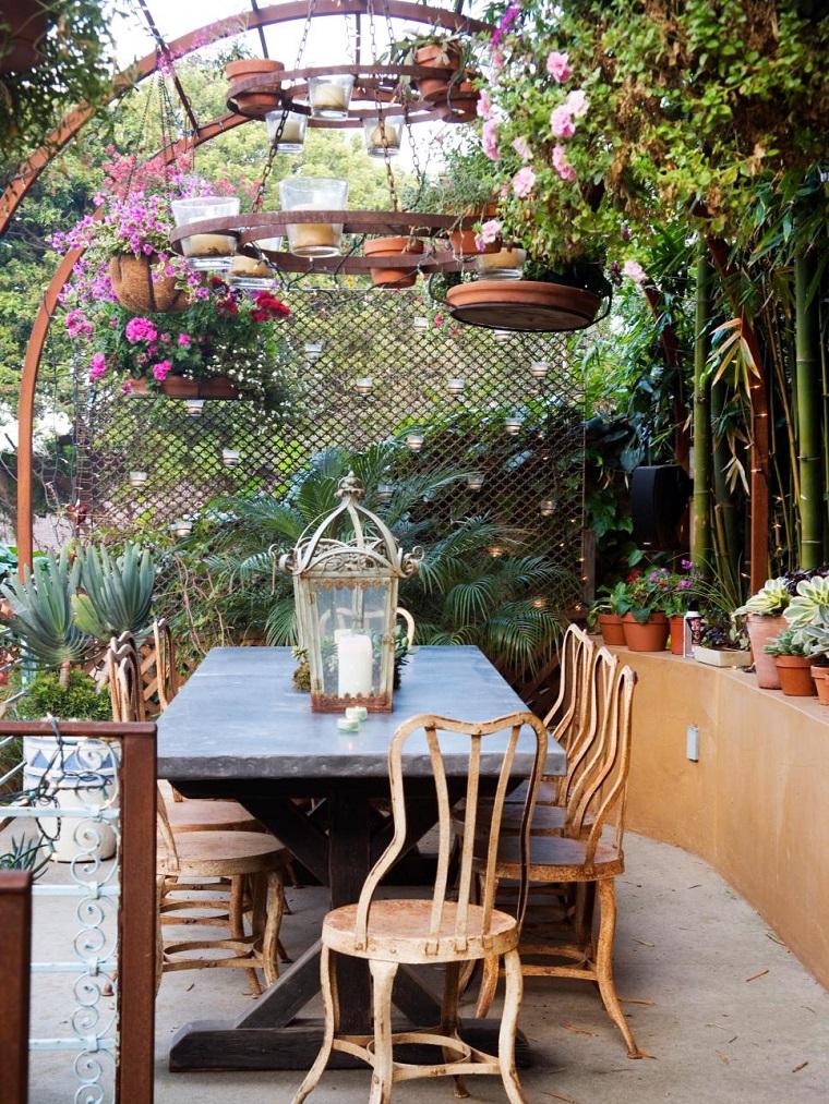 giardino shabby chic proposta tavolo pranzo