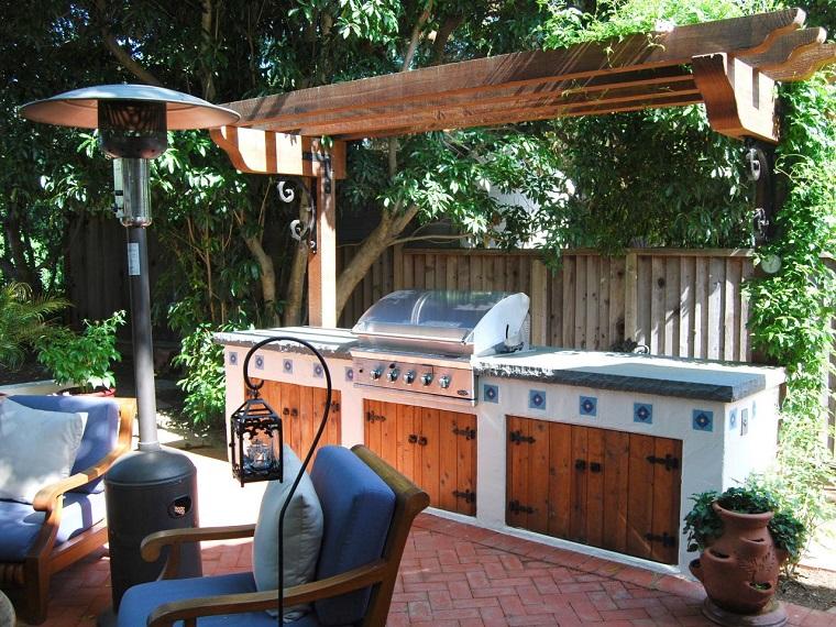 idea originale arredare giardino cucina esterno