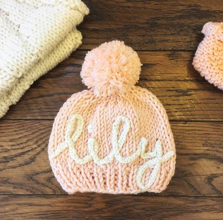 idea originale cappellino rosa personalizzato nome