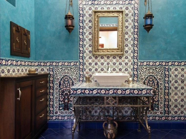 mobili etnici parete bagno mosaico