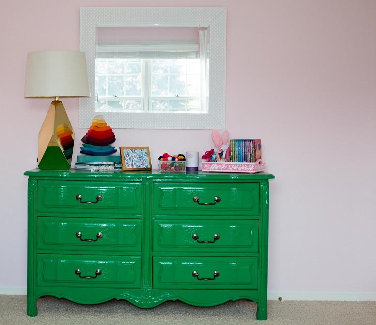 mobili fai da te cassettone dipinto verde