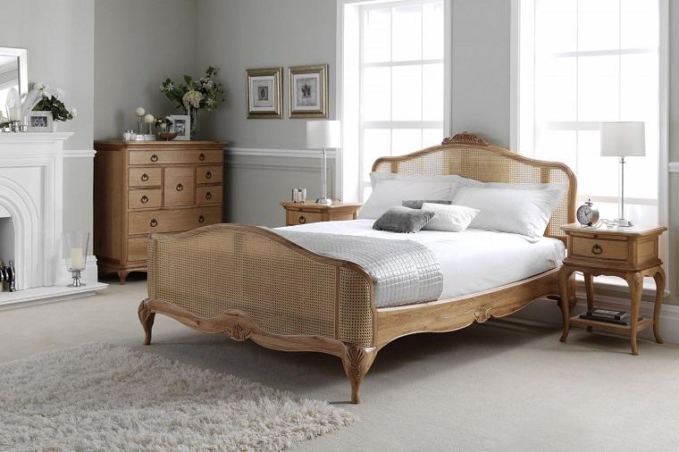 mobili stile provenzale camera letto legno chiaro
