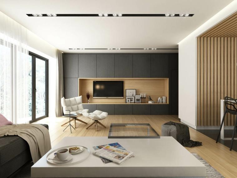 Soggiorno moderno, parete con mobili in legno e tv, salotto con tavolino basso di colore bianco
