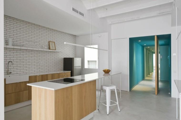 pareti effetto piastrella mobili legno design classico