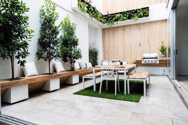 patio arredato mobili legno cucina piccola esterno