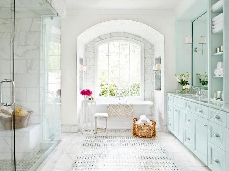 rivestimento bagno design moderno ambiente total white