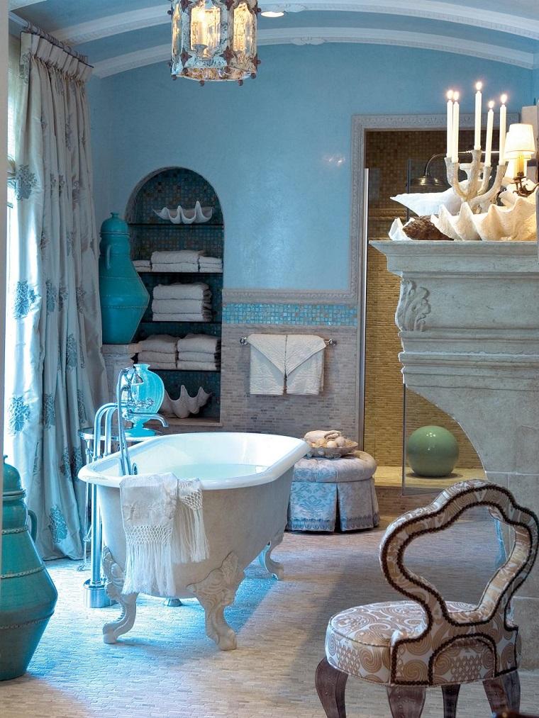 rivestimento bagno piastrelle arredo classico