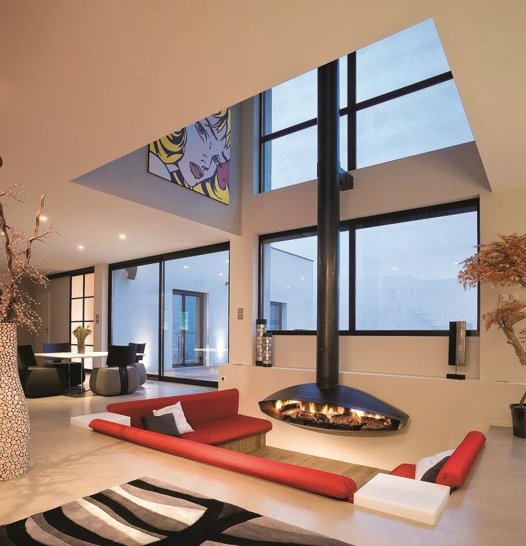 salotto con camino design particolare